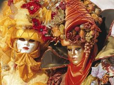 how to make head pieces venetian | People Wearing Masked Carnival Costumes, Venice Carnival, Venice ...