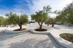 Concrete Color, Precast Concrete, Green Landscape, Landscape Design, Ibiza Clubs, Island Park, Wall Seating, Public Seating, Roof Structure
