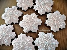 Cookie Cutters, Snowflakes, Cookies, Crack Crackers, Cookie Recipes, Biscotti, Fortune Cookie, Cakes