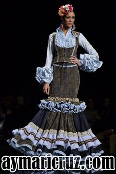 Spanish Dress, Fishtail, Vest Jacket, Gowns, Costumes, My Favorite Things, How To Wear, Clothes, Beauty