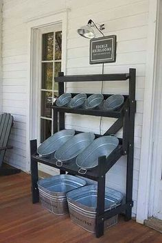 Serve yourself beverage station at next outdoorparty. I love it....I have the buckets....well most of them.