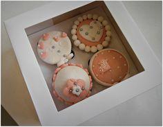 #cupcakes #cakedesign #elegant #sweetcuc'scake #hearts #flowers #pastadizucchero #sugarart