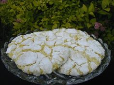 COOL WHIP COOKIES- EASIEST COOKIE EVER! 1 box cake mix (any flavor- chocolate, red velvet, lemon, etc.), 1 tub Cool Whip (8 oz), 1 egg. Mix ingredients. Drop spoonfuls into powdered sugar to coat. Bak (Cool Desserts Potlucks)