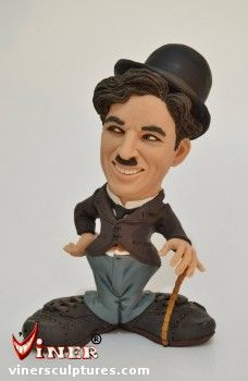 Charlie Chaplin by Mike K. Funny Caricatures, Celebrity Caricatures, Polymer Clay Sculptures, Sculpture Clay, Charlie Chaplin, Films Western, Panthères Roses, Mixed People, Westerns