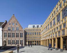Fingerabdruckfassade - Rathaus in Deventer von Neutelings Riedijk