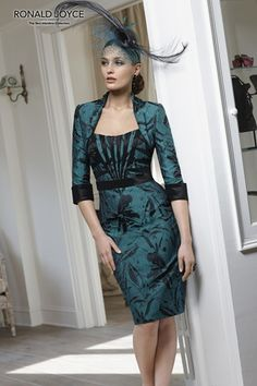 A beautiful mother of the bride dress and jacket from Veni Infantino by Ronald Joyce.