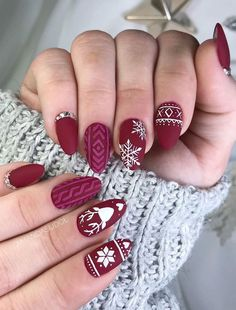 109 cutest christmas nail art diy ideas Christmas nails are that necessary component of your good vacation look. that's why we have a tendency to are suggesting to your attention this recent Christmas nail. Christmas Gel Nails, Xmas Nail Art, Christmas Nail Art Designs, Winter Nail Art, Nail Art Diy, Holiday Nails, Christmas Ideas, Winter Christmas, Red Nail Art
