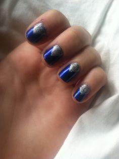 Homecoming Nail. Easy DIY nail design!