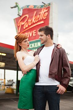 A little softer, but love the drive-in behind them! There is a smaller drive-in-type place I want to take you past & see what you think! Retro Diner Engagement Shoot By Honey Heart Photography Rockabilly Couple, Rockabilly Wedding, Rockabilly Cars, Heart Photography, Wedding Photography Poses, Photography Ideas, Retro Diner, 1950s Diner, Vintage Diner