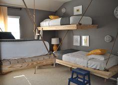 【将来のDIYプラン候補】シンプルな2段のハンギングベッドのある子供部屋 | 住宅デザイン