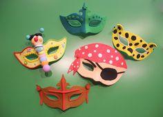http://www.pinterest.com/lcuarezma/mascaras/  Mascaras