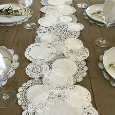 Prettie Table Runner Shab Rustic Paper Doilies Diy Weddings pertaining to proportions 900 X 900 Paper Table Runner Wedding - You could also hand applique i Paper Lace Doilies, Framed Doilies, Paper Doily Crafts, Doilies Crafts, Deco Champetre, Paper Table, Wood Table, Paper Paper, Rustic Table
