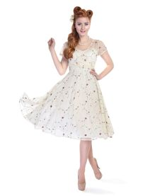 d9b7bca867c6 Collectif Vintage Nina Swing Dress Vintage Inspired Dresses, Vintage Style  Outfits, Retro Outfits,