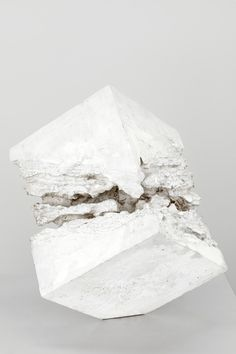 Sui Jiantuo, Untitled, 1987. Plaster