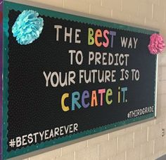 DIY summer bulletin board décor is filled with fun. Browse through some of our cool summer bulletin board ideas to help spruce up your summer classes. Counselor Bulletin Boards, Hallway Bulletin Boards, Back To School Bulletin Boards, Bulletin Board Display, Bulletin Board Ideas For Teachers, Teacher Boards, Guidance Bulletin Boards, English Bulletin Boards, Stem Bulletin Boards