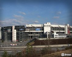 Bristol Motor Speedway Bristol Tn, Bristol Motor Speedway, Nascar Racing, Places Ive Been, Mansions, House Styles, City, Spring, Manor Houses