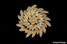 Vintage Brooch Coro Gold Tone Wheat Sheaf 1950s by JessesVintage