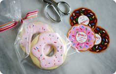 donut cookies tutorial  with link to free donut printables