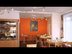 acora Hotel und Wohnen Karlsruhe - Karlsruhe - Visit http://germanhotelstv.com/acora-und-wohnen-karlsruhe This 3-star apartment hotel in Karlsruhe offers modern apartments with a kitchenette and daily breakfast options. The Mühlburger Tor city rail station is just 500 metres away. -http://youtu.be/4XXOS0GtKck