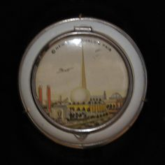 Compact - 1939 World's Fair. From Queens Museum of Art.