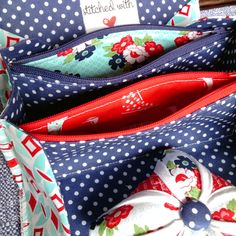 """happy little cottage: Daysail (or how I got my """"sewjo"""" back) Sew Together Bag, I Got This, Purses And Bags, Sewing Projects, Cottage, Happy, Quilting, Fabrics, Ideas"""