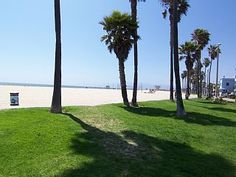 vacation rentals to book online direct from owner in . Vacation rentals available for short and long term stay on Vrbo. Green Beach, Venice Beach, Good To Know, Bungalow, Ideal Home, Sidewalk, Explore, Vacation, Studio