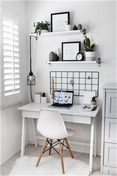 Rustic Home Decor 20 Minimalist Bedroom Decorating Ideas For Small Spaces.Rustic Home Decor  20 Minimalist Bedroom Decorating Ideas For Small Spaces #RoomWallDecor Home Office Design, Home Office Decor, Office Ideas, Office Designs, Office Themes, Office Inspo, Home Room Design, Cute Desk Decor, Cool Desk Ideas