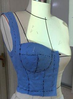 Bra sewing pattern / Bra making / Sewing patterns PDF / Sewin . Motif Corset, Corset Sewing Pattern, Bra Pattern, Pdf Sewing Patterns, Crop Top Pattern, Pattern Draping, Bodice Pattern, Lingerie Patterns, Sewing Lingerie