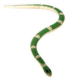 Emerald Boa Wooden Snake at theBIGzoo.com, a family-owned toy store.