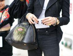 NYFW: Close Up I like that bag hanging thing