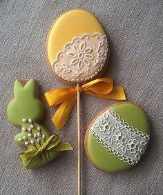 ideas cake cookies no eggs flower Fancy Cookies, Iced Cookies, Cute Cookies, Easter Cookies, Sugar Cookies, Biscuit Decoration, Christmas Cake Pops, Galletas Cookies, Flower Cupcakes