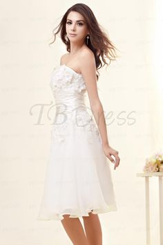 Sweetheart Knee-Length Applique A-Line Wedding Dress