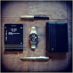 BlackBerry Passport for and Blackberry Accessories, St Dupont, Top Smartphones, Blackberry Passport, Ootd Fashion, Seiko, Ea, Mobiles, Professor