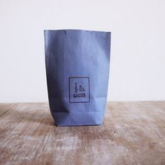 3 Vintage blue half pound sugar shop or grocer paper goods pouches or bags. £3.00, via Etsy.