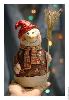 Master class: snowman in the art cotton paper mache - Fair Masters - handmade, handmade Primitive Christmas, Felt Christmas, Christmas Snowman, Handmade Christmas, Christmas Ornaments, Primitive Snowmen, Paper Mache Projects, Paper Mache Clay, Paper Mache Crafts