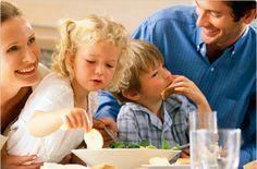 ¿Por qué es bueno para los niños comer en familia?