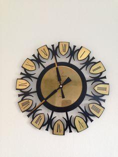 Retro London clock company wall clock.. In good working condition. /Retro clock by trevoranna on Etsy