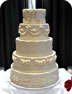 Elegant Vintage Wedding Cake Ideas