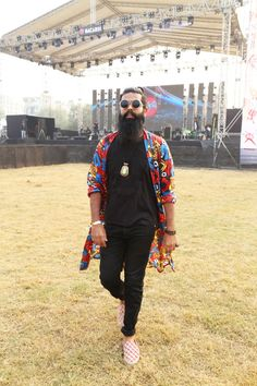 ROBE LIFE /  Beard | Blogger | Delhi | Fashion | Blogger | Fashion Blogger | India | Men's Fashion | Men's Style | Menswear | OOTD | Streetstyle | Style | Style Blog | Style Blogger | Robe |  nh7 Weekender | nh7 Weekender Delhi