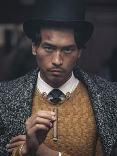 "myfavoritespoonismiddle: "" samflow: "" Men's Joker - le artiste capillaire Models: Jin Dachuan, Rock Ji Photographer: Jumbo Tsui "" More Asian men as Desirable and not Punchlines "" Love Fashion, Retro Fashion, Mens Fashion, Joker, Unisex, Vintage Men, Dapper, Character Inspiration, Gentleman"