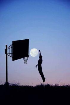#photography #moon #basquetball