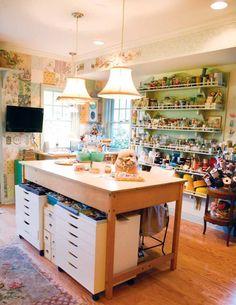 Craft room- so beautiful!!!