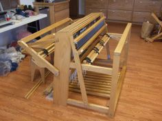 It's a Herald loom – they were built in Lodi, Ohio and the company is no longer in business.