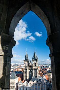 The Church of Our Lady before Týn is a major stop on any tour of Prague's Old Town. Here's all you need to know about the impressive Gothic Church. Prague Photography, Prague Old Town, Church Of Our Lady, Prague Czech Republic, Aerial View, Barcelona Cathedral, Road Trip, Old Things, Tours