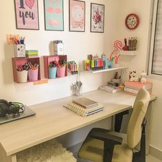 Room Study - Bright Idea - Home, Room, Furniture and Garden Design Ideas Study Room Decor, Cute Room Decor, Home Office Design, Home Office Decor, Small Room Bedroom, Bedroom Decor, Study Table Organization, Deco Studio, Desk Inspiration