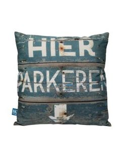 Global living with furniture and home accessories from HKliving. A Dutch brand with a raw and edgy feel. An interior label with a global view! Knit Pillow, Pillow Talk, Pillow Fight, Printed Cushions, Scatter Cushions, Cute Pillows, Throw Pillows, Boy Room, Kids Room
