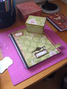 Caderno com caixa decorada Scrapbook
