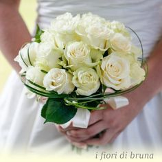 white roses for an elegant classic bouquet, all white wedding Spring Wedding Bouquets, Bride Bouquets, Flower Bouquet Wedding, Rose Bouquet, Bridesmaid Flowers, Bridal Flowers, Marie, White Roses, Wedding Bouquets