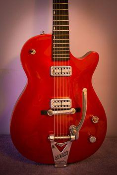 Guitar Building, Brown Bear, Guitars, Jet, Guitar, Vintage Guitars