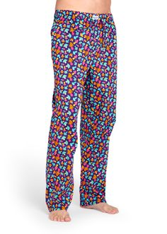 Setzen Sie mit dieser Shroom Lounge Pants einen modischen Akzent. Überzeugen Sie sich selbst, wie entspannt die Hose mit Pilzen in Pink, Lila, Blau, Grün und Gelb wirkt und wie happy sie macht. Sie ist nicht nur farbenfroh und witzig, sondern auch extrem bequem. Diese Lounge Pants aus 100Prozent Baumwolle mit einem elastischen Bund mit Stretch-Eigenschaften ist in den Größen S bis XL erhältlich und gefällt ihr und ihm gleichermaßen.